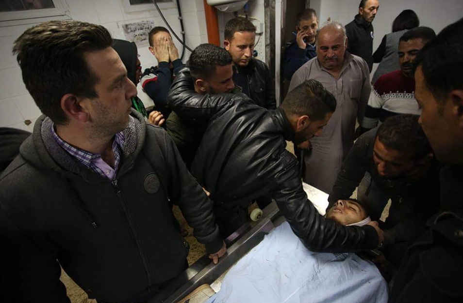 Mourning over Shehada in morgue