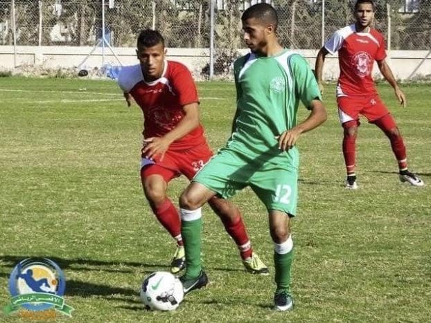 https://palaestinanachrichten.files.wordpress.com/2018/04/mohammed-khalil-playing-football.jpg