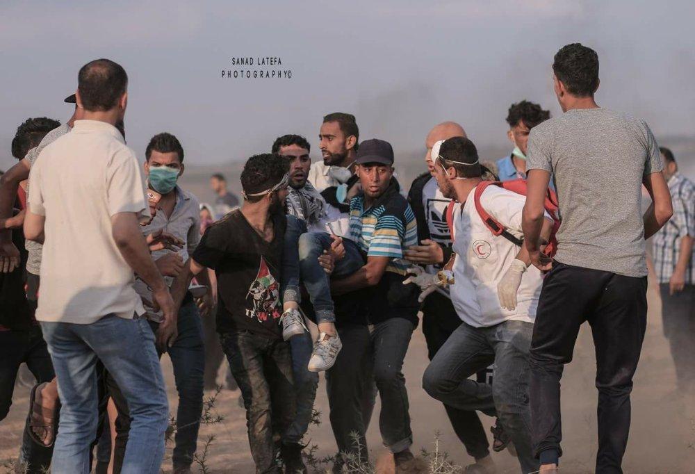Razan erschossen weggetragen